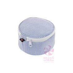 Seersucker Button Bag :http://www.mostlymegifts.com/mostly/product/seersucker-button-bag/