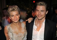 'Dancing With the Stars' performers and siblings Julianne and Derek Hough will create a show that revolves around competitive ballroom dancing in England. The show will air on Starz. Derek And Julianne Hough, Derek Hough, Celebrity Siblings, Celebrity Photos, Jennifer Garner Sisters, Cindy Crawford Kids, Dwts Dancers, Nicholas Sparks Movies, Famous Twins