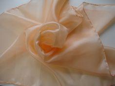 Tücher - Nickituch aus Seide 55x55cm aprikose Pongé - ein Designerstück von textilkreativhof bei DaWanda