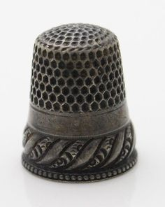 RP: Stern Brothers Sterling Silver Antique  Scrolled Thimble