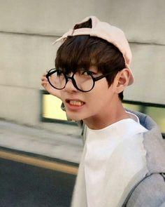 Taehyung wird von seiner Mutter dazu genötigt, sich nach Prostatakreb… #fanfiction Fan-Fiction #amreading #books #wattpad