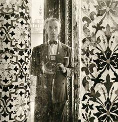 Cecil Beaton - Self Portrait for Vogue, 1948.