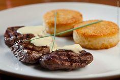 Fillipa (jantar)    Medalhão de filé mignon com molho mostarda e batata Röstie