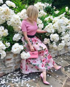 Shoes and bags - how to make more beautiful matches, ideas, tricks, photos - Page 17 of 19 - Inspiration Diary Skirt Outfits, Dress Skirt, Dress Up, Modest Fashion, Fashion Dresses, Casual Dresses, Summer Dresses, Church Outfits, Colorful Fashion