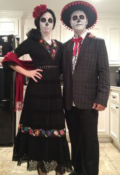 Day of the dead couple! Halloween costume for couples. Wanna make the mans hat