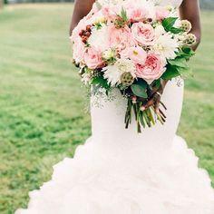 fabulous vancouver florist Shereen & Olivier's Wedding last #summer @dushanflowers #bride #bridalbouquet #rose #ohara #flowers #flowerstagram #vancouver #florist  #vancouverflorist #vancouverwedding #vancouverflorist #vancouverwedding #vancouverweddingdosanddonts