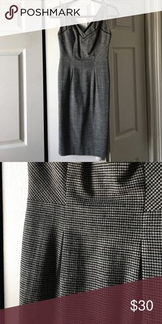 Diane von furstenberg fitted pencil dress Double v-neck, fitted Diane von Furstenberg black and white tweed pencil dress, size 2. Very fitted to the knee. Diane von Furstenberg Dresses