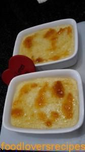 Gebakte Sagopoeding Sago Pudding Recipe, Pudding Recipes, South African Dishes, South African Recipes, Easy Desserts, Dessert Recipes, Kos, No Cook Meals, Sweet Recipes