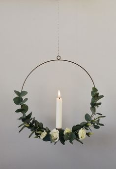 How To Make A Minimalist Christmas Wreath