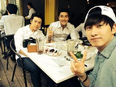 Eunhyuk's Twitter with Donghae and Siwon #eunsihae