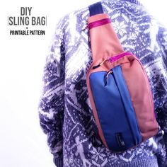 DIY Sling Bag + Printable Pattern Click the link for the printable sling bag pattern and sew along! Sewing Lessons, Sewing Hacks, Sewing Tutorials, Tutorial Sewing, Pattern Sewing, Mochila Jeans, Cooler Stil, Diy Clothes Videos, Tote Bags Handmade