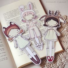 Three Cute Friends set of bookmarks