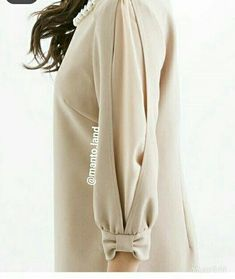 Sleeve Designs - Her Crochet Kurti Sleeves Design, Sleeves Designs For Dresses, Dress Neck Designs, Sleeve Designs, Abaya Fashion, Muslim Fashion, Fashion Dresses, Mode Abaya, Mode Hijab