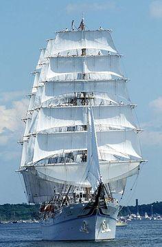 Boston Tall Ship Parade Colombus 92 In Boston United States In July 1992 Kaiwo Maru