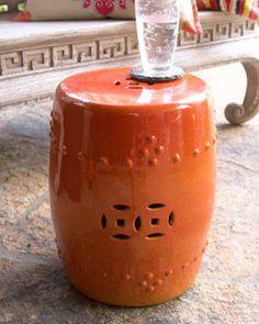 Garden seat laranja.