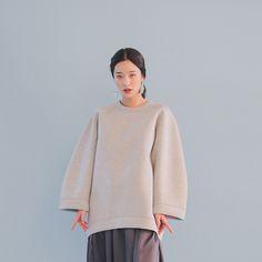 Dip Hem Two-Tiered Skirt (Dark Gray)   STYLENANDA