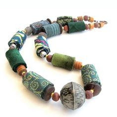 Gilgulim floral fabric necklace