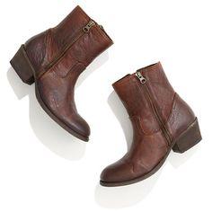 Zipper leather low cowboy boots.