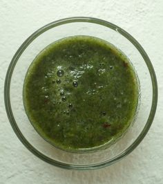 Smoothie of the day: SPINAT*APFEL*ZWETSCHKE spinach*apple*plum Smoothie, Palak Paneer, Plum, Apple, Ethnic Recipes, Food, Spinach, Fresh, Apple Fruit