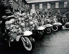 Mod Quadrophenia Lambretta Vespa Scooter, Cool Small Poster x x Mod Scooter, Lambretta Scooter, Vespa Scooters, Brighton, Teddy Boys, Motor Scooters, Mod Fashion, 1960s Fashion, Old London