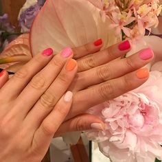 25 lustworthy nail art ideas you'll want to try - Fashion Quarterly Spring Nail Colors, Spring Nails, Summer Nails, Cute Nail Colors, Cute Nails, Pretty Nails, Classy Nails, Hair And Nails, My Nails