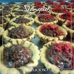 D'angelos Catering #SencillamenteDelicioso en Guayana. Haz de tu reunión un momento inolvidable.  Encargos en la web http://ift.tt/1QXG4Ij y en nuestro perfil.  #gastronomía  #menú  #bodas  #cumpleaños  #pasapalos  #bocadillos  #postres  #gastronomy  #chocolate  #Guayana  #puertoordaz