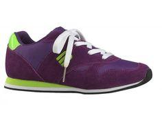 Mia Maja CS38111-ST Purple Mia Maja viser her deres bud på den smarte fritidssko til de unge piger. Skoen er let og komfortabel med en snørelukning. Perfekt til hverdagsbrug i skolen og fritidsklubben. Skoen har praktiske detaljer indtænkt i designet