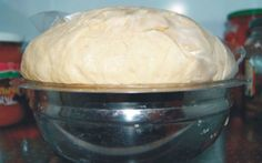 the dough-is-not-aging, shelf life-days-a-cooling possible from it, pizza rolls, or any of a mas- Tart Recipes, My Recipes, Bread Recipes, Cooking Recipes, Dessert Drinks, Dessert Recipes, Desserts, Bread Dough Recipe, Romanian Food