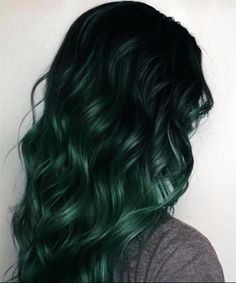 20 Scrumptious Fall hair colors – Hairstyle Fix 20 leckere Herbst-Haarfarben, – Balayage Haare Emerald Green Hair, Dark Green Hair, Purple Hair, Green Hair Ombre, Pastel Purple, Pastel Hair, Gray Hair, White Hair, Ombre Hair Color