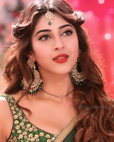 Sonarika b Beautiful Girl Indian, Beautiful Girl Image, Most Beautiful Indian Actress, Beautiful Saree, Beautiful Bride, Indian Makeup Looks, Sonarika Bhadoria, Beautiful Bollywood Actress, Indian Actresses