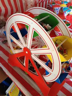 The Mommy Style File: Birthday Bash! Circus Birthday, Birthday Bash, Top Candy, Sweet Carts, Ideas Para Fiestas, Big Top, Mommy Style, Candies, Fudge