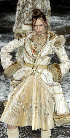 Alexander McQueen Paris Fall 2003 #PurelyInspiration