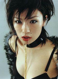 Shiina Ringo - Japan's most credible rock star Shiina Ringo, 00's Makeup, Foto Portrait, Japan Model, Riot Grrrl, Japanese Aesthetic, Japanese Style, Gorillaz, Harajuku Fashion