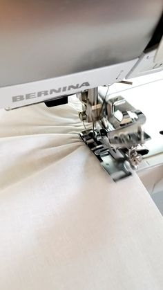 Sewing Basics, Sewing Hacks, Sewing Tutorials, Sewing Projects, Sewing Stitches, Sewing Patterns, Sewing Machine Brands, Costura Fashion, Couture Sewing Techniques