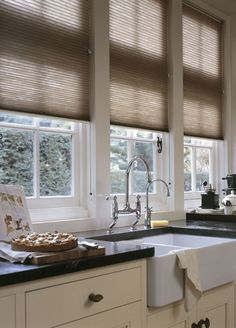 Luxaflex® Duette® Shades are soft, durable and designed to cover most window shapes. Find out more about Luxaflex® Duette® online. Cosy Kitchen, Rustic Kitchen, Kitchen Dining, Kitchen Decor, Blythe House, Store Venitien, Store Bateau, Drapes And Blinds, Brown Furniture