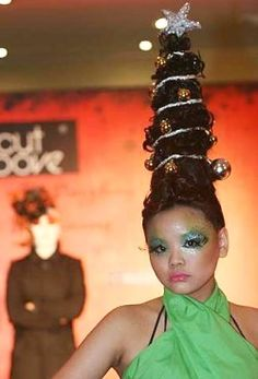 christmas tree updo! This would be perfect for at an Ugly Christmas Sweater party!!