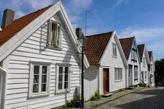 Read on to find out what there's to see and do when visiting Stavanger, Norway, for just a day! Norway House, Stavanger Norway, White Building, Best Budget, Color Street, Back In The Day, Old Town, The Locals, Wander