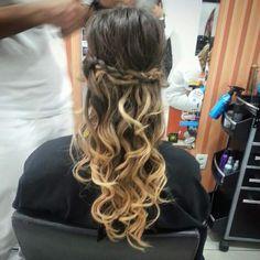 Simples e elegante #hair #hairstyle #blond #blondhair #loirodossonhos #redken #tratamento #penteado