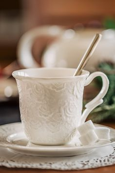Savurează-ți cafeaua preferată în tihnă din ceașca Rose Design!#cesti cafea#ceasca cafea