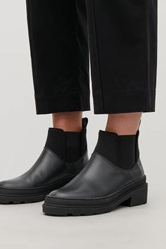 CHUNKY SOLE LEATHER ANKLE BOOTS