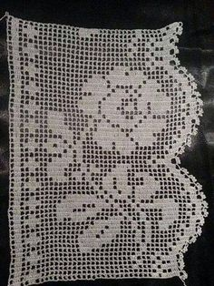 This Pin was discovered by Ünz Filet Crochet, Irish Crochet, Crochet Shawl, Crochet Doilies, Knit Crochet, Holiday Crochet Patterns, Crochet Edging Patterns, Shawl Patterns, Crochet Lace Collar