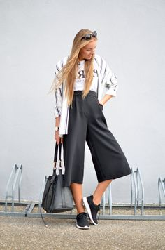 Discover this look wearing Culotte F&F Pants, Kimono H&M Blazers, Paris Shirts - Culotte by JessiN styled for Business Casual, Shopping Date in the Fall Casual Chic Outfits, Fashion Outfits, Fashion Fashion, Street Fashion, Kimono Outfit, Culotte Pants, Black White Fashion, Outfit Goals, Elegant