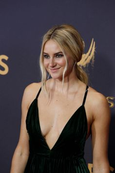 shailene woodley outfits best outfits - Page 18 of 72 - Celebrity Style and Fashion Trends Beautiful Celebrities, Beautiful Actresses, Gorgeous Women, Celebrities Fashion, Shailene Woodley, Celebrity Workout, Woman Crush, Hollywood Actresses, American Actress