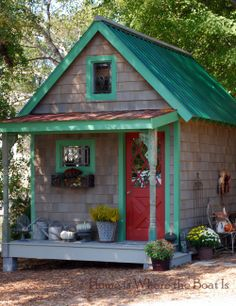 Potting Shed...how cute is this?? http://homeiswheretheboatis.net/2012/10/13/potting-shed-update-fall-dressing/