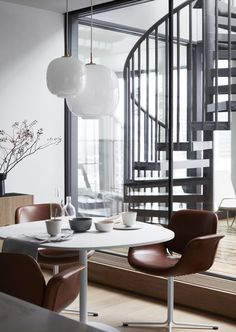Stylish newly build - via Coco Lapine Design-740x1042