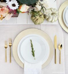 This gold place setting is perfect for the holiday dinner table! Gold utensils, white plates, and a gold charger for the win. Place Settings, Table Settings, Alphabet Party, Gold Chargers, Different Holidays, Gold Table, White Plates, Holiday Dinner, Beautiful Space
