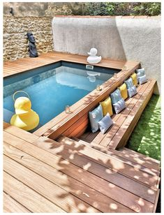 Mini-pools #jacuzzi #outdoor #above #ground #jacuzzioutdooraboveground You have a eptit outside...d dream of a swimming pool laure... Chitecte interior of the nostra secrets of interior has risen to the challenge in this Small Swimming Pools, Small Pools, Swimming Pools Backyard, Swimming Pool Designs, Small Pool Ideas, Swiming Pool, Oberirdischer Pool, Lap Pools, Indoor Pools