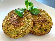Galettes de brocolis au Thermomix Grains, Rice, Comme, Food, Broccoli Patties, Sweet Chili, Salty Tart, Kitchens, Salads