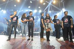 This is Piolo Pascual, KathNiel, ElNella, and LizQuen smiling for the camera while having a good time with the rest of the ASAP Kapamilya during the Grand Finale of ASAP Live in New York held at the Barclays Center last September 3, 2016. Indeed, the ASAP Kapamilya did a great job performing during the said live event. #PioloPascual #KathNiel #KathNielBernaDilla #ElNella #LizQuen #ASAPLiveinNewYork