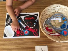 Montessori doctor set kit activity, grow your child's encyclopedic knowledge Available at AlenaSani.com